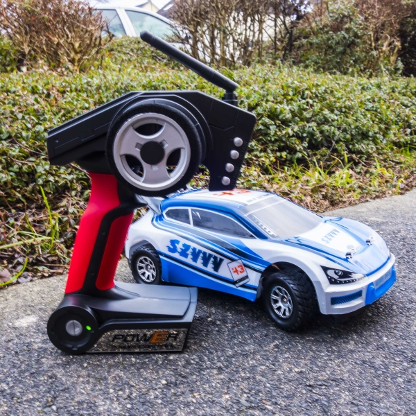 ferngesteuertes rc rally auto 4wd wagen bis 50 km h hobby spielzeug funrace blau ebay. Black Bedroom Furniture Sets. Home Design Ideas